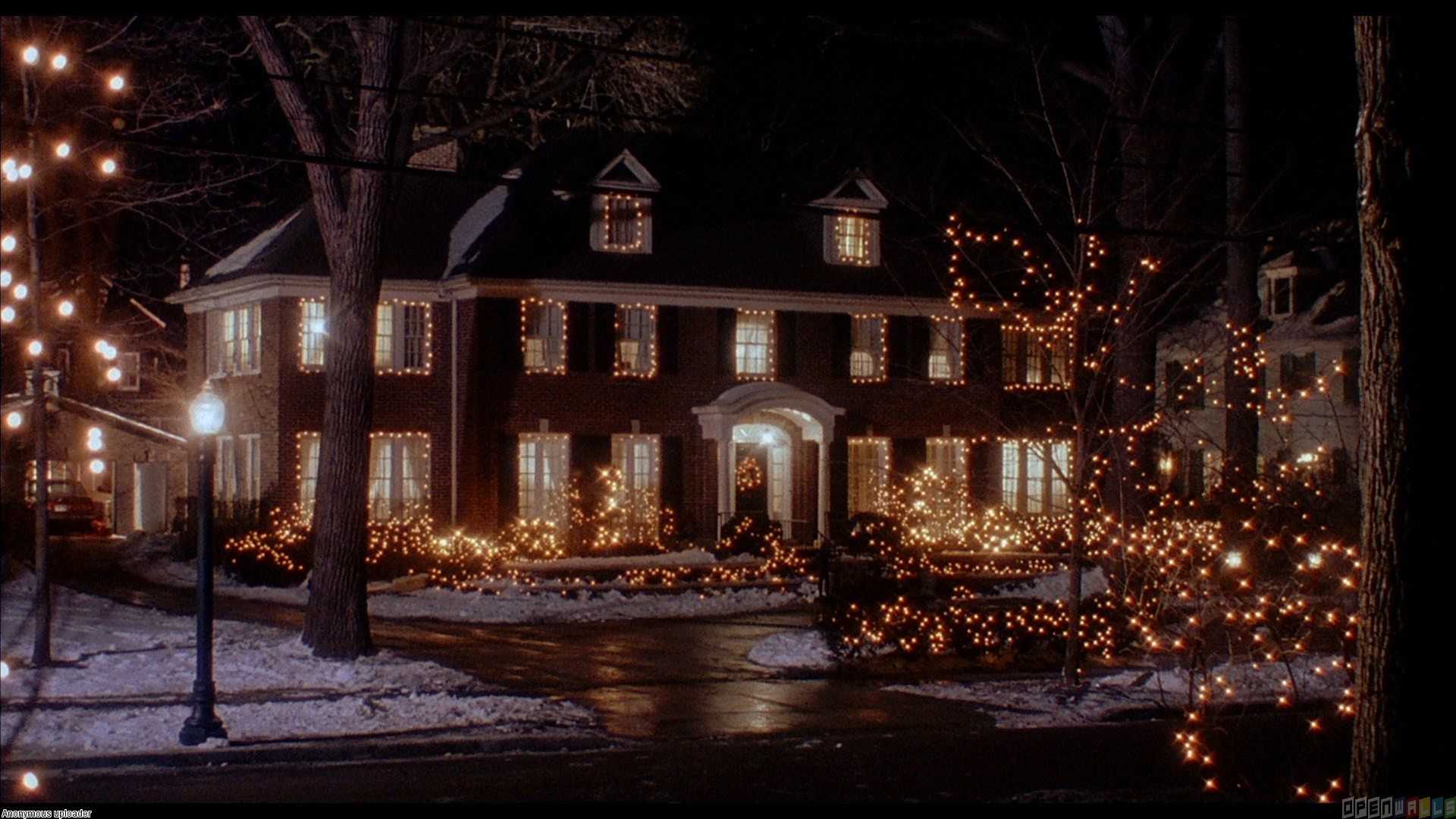 3 Holiday Movie Homes that Bring Back Memories