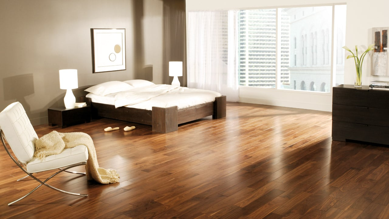 vinyl vs. hardwood - Novero Homes