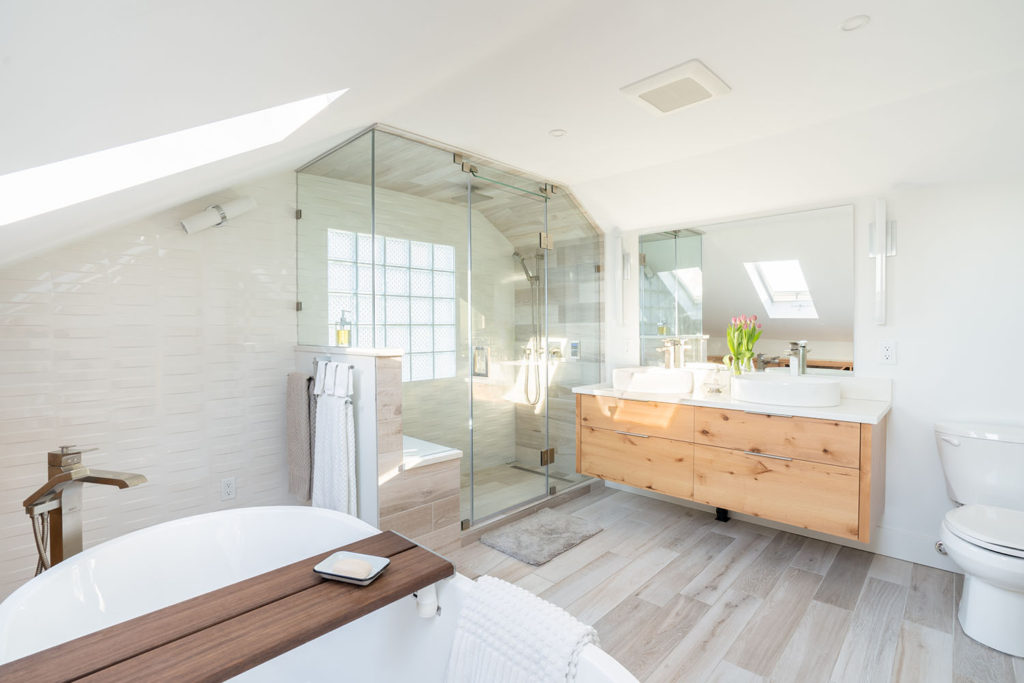 ensuite bathroom renovation North Vancouver