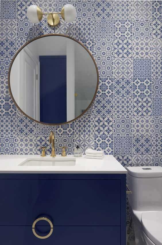 Classic Blue patterned tile in bathroom