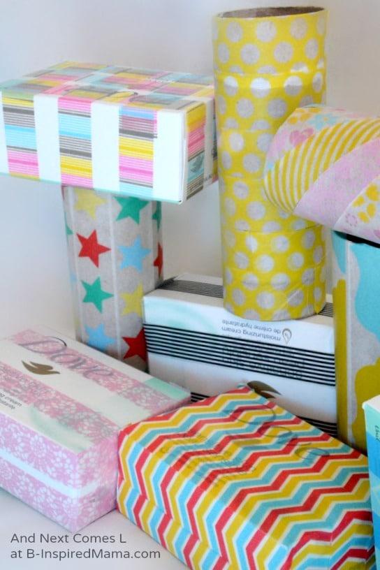 easy toddler indoor activity : cardboard blocks