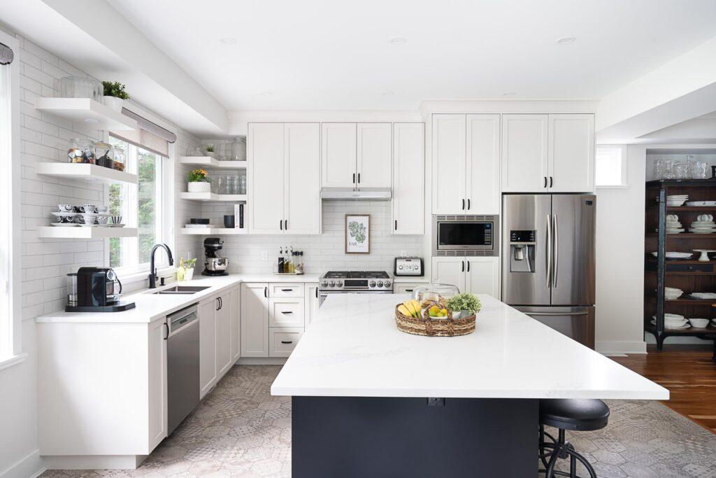 Coquitlam modern farmhouse kitchen