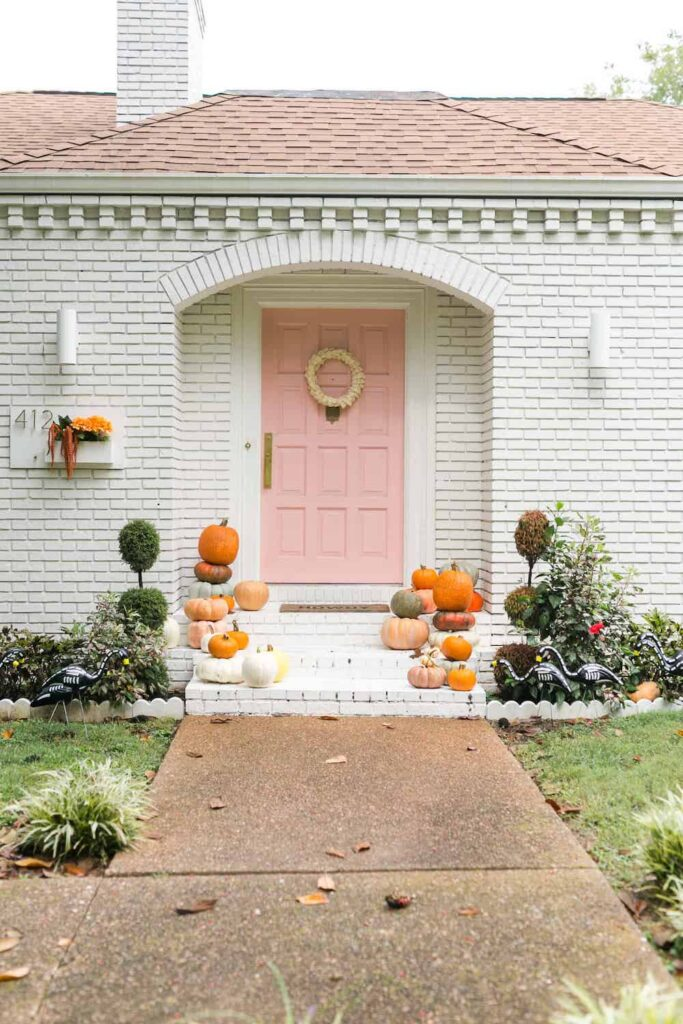 fall curb appeal with pumpkins