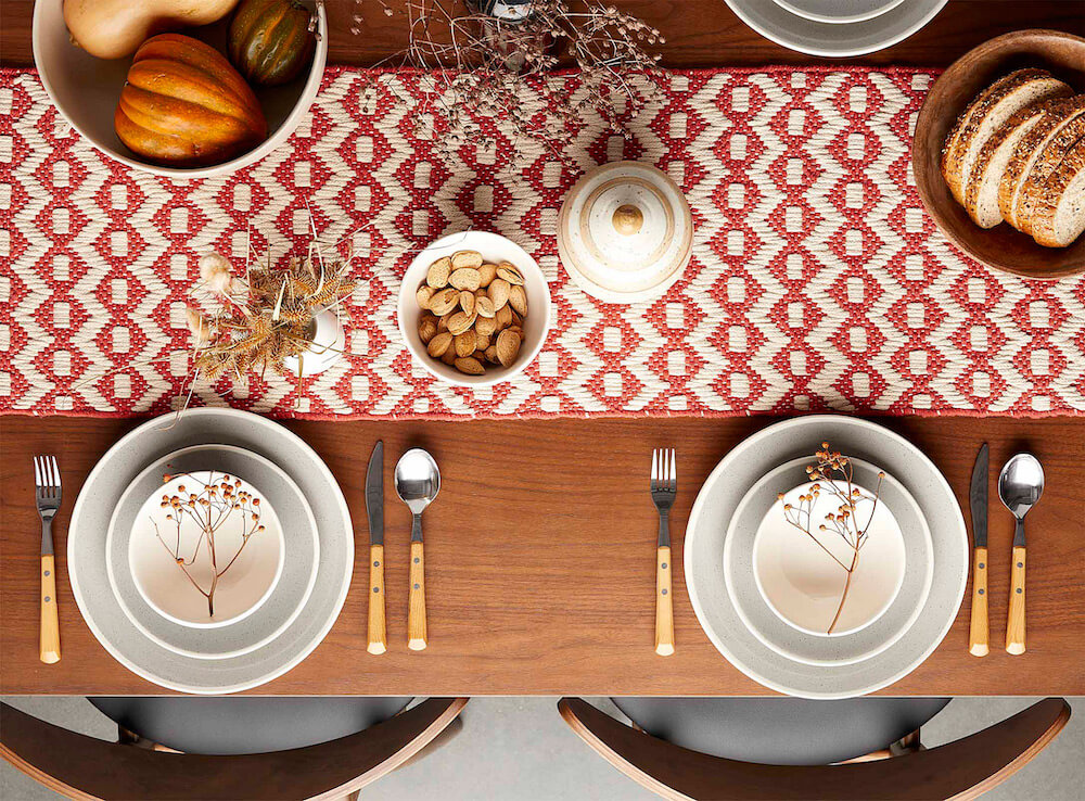 fall decor table setting