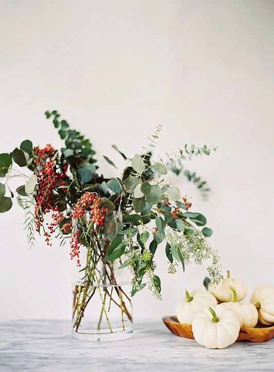 fall decor bouquet and mini pumpkins