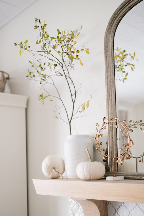 simple fall decor for mantel