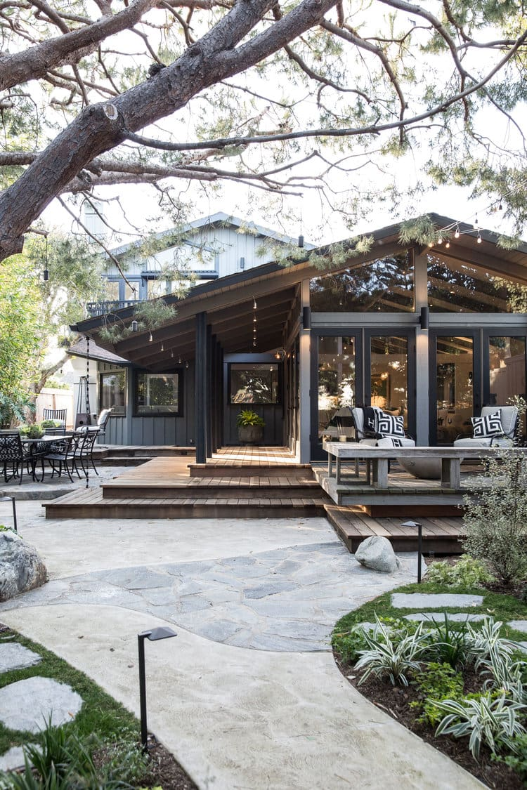 outdoor living space with leveled decks