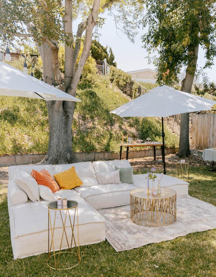 garden party lounge area